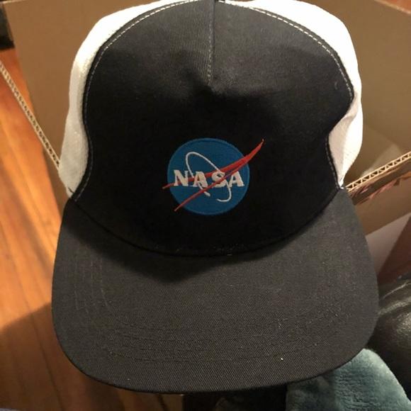de67436ca4e Nasa Logo Trucker Hat baseball cap SnapBack